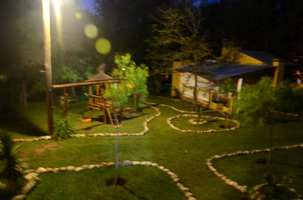 villa el chacay cordoba cabañas complejo punta piedra